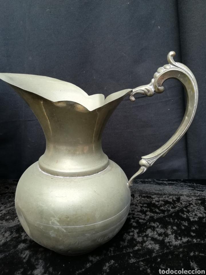 Antigüedades: 2 jarras antiguas de alpaca - Foto 2 - 195435003