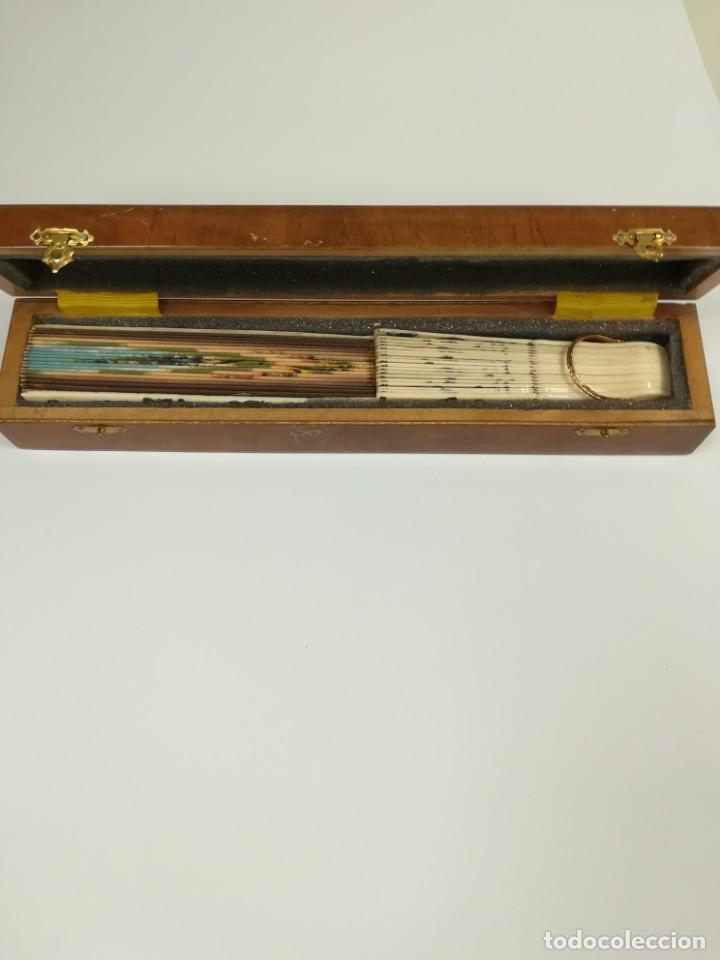 Antigüedades: Precioso abanico varillas marfil o hueso escena de Goya firma Porta - Foto 27 - 195443131
