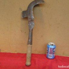 Antigüedades: PODADERA PODA ANTIGUA PARA RAMAS Y VIDES. MADERA Y HIERRO. Lote 195448297