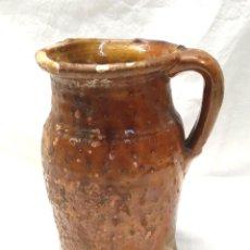 Antigüedades: JARRA MEDIDA PARA VINO DE MIRAVET TERUEL, TERRACOTA BARRO. MED. 20 CM. Lote 195467393