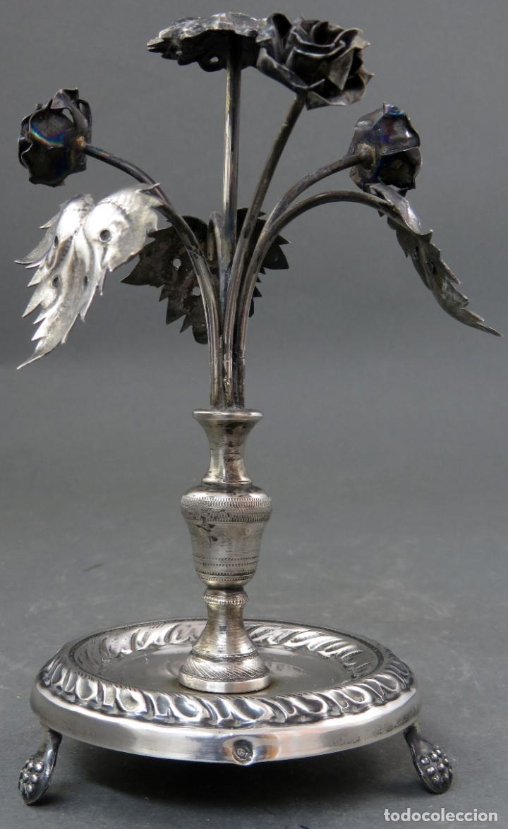 Antigüedades: Palillero Imperio de plata en forma de violetero con flores siglo XIX - Foto 2 - 195478668