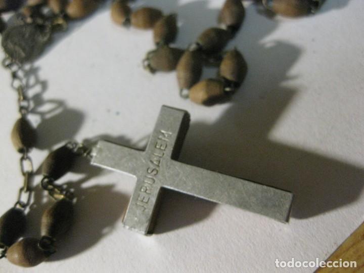 Antigüedades: antiguo rosario recuerdo de jerusalem . madera - Foto 3 - 195479641