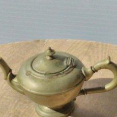 Antigüedades: ANTIGUA TETERA TIPO ALADIN. Lote 195487338