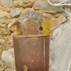 Antigüedades: ANTIGUO DEPÓSITO DE HIERRO CON GRIFO. Lote 195495336