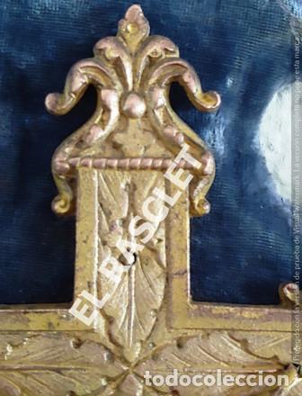Antigüedades: ANTIGUA CRUZ DE CRISTO DE BRONCE CON SU PICA PARA EL AGUA TAMBIEN DE BRONCE -VER FOTOS- - Foto 3 - 195498301