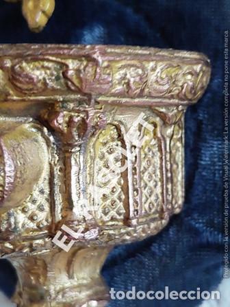 Antigüedades: ANTIGUA CRUZ DE CRISTO DE BRONCE CON SU PICA PARA EL AGUA TAMBIEN DE BRONCE -VER FOTOS- - Foto 13 - 195498301