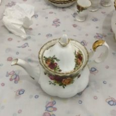 Antigüedades: TETERA ROYAL ALBERT OLD COUNTRY ROSES.. Lote 195501065