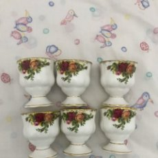 Antigüedades: 6 HUEVERAS ROYAL ALBERT OLD COUNTRY ROSES. Lote 195501610