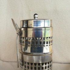 Antigüedades: BOTE VINTAGE EN METAL PLATEADO PARA CAFÉ.. Lote 195502765