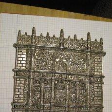 Antigüedades: ANTIGUO BAJO RELIEVE DE LA FACHADA PRINCIPAL UNIVERSIDAD DE SALAMANCA EN BRONCE PLATEADO 25 X 15 CM. Lote 195536002