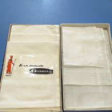 Antiguidades: 2 CAJAS DE PAÑUELOS BLANCOS DE ALGODÓN EGIPCIO. Lote 195538952