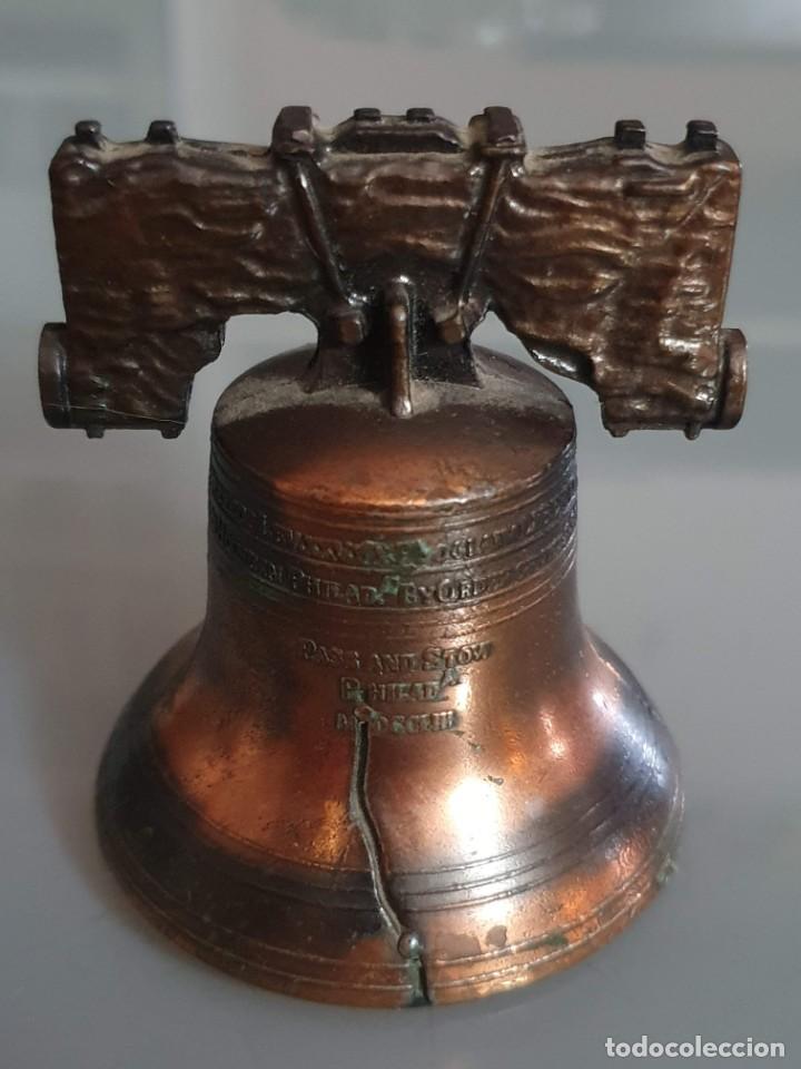 CAMPANILLA DE BRONCE 6 CM ALTO 5,5 CMDIAMETRO (Antigüedades - Hogar y Decoración - Campanas Antiguas)