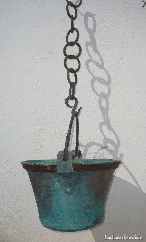 Antigüedades: Antiguo Cubo o Caldero de Cobre y Forja - Foto 2 - 194977618