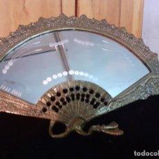 Antigüedades: ESPEJO BRONCE ABANICO CRISTAL AL FUEGO . Lote 195573457
