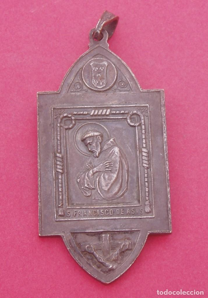 Antigüedades: Medalla Antigua Virgen del Buen Consejo y San Francisco de Asís. Lecároz. Baztán. Navarra. - Foto 2 - 195670623
