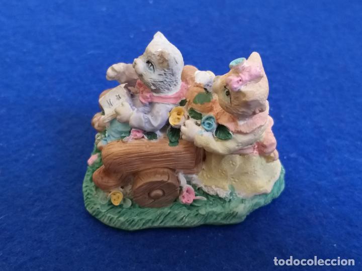 Antigüedades: Figura de gatos. Altura 6 cm - Foto 2 - 195684888