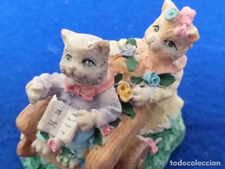 Antigüedades: Figura de gatos. Altura 6 cm - Foto 5 - 195684888