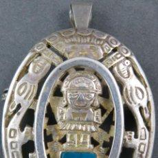 Antigüedades: BROCHE COLGANTE AZTECA EN PLATA CALADA CON LAPISLÁZULI MÉXICO SIGLO XX. Lote 195700832