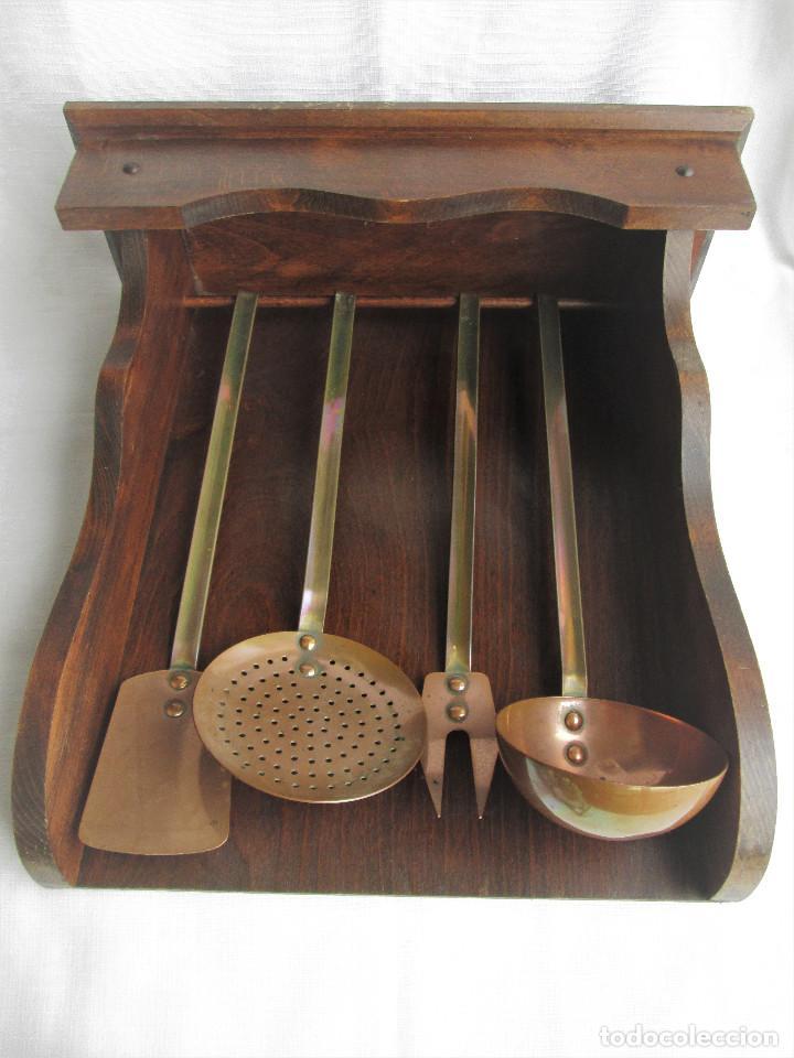 Mueble De Madera Para Colgar Utensillos De Coci Sold At Auction