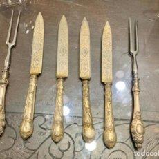 Antigüedades: JUEGO DE 4 CUCHILLOS Y 2 TENEDORES. Lote 195704962