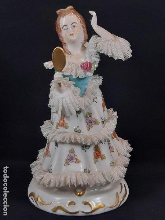BAILARINA. PORCELANA. VESTIDO PUNTILLAS. DRESDEN. ALEMANIA. SIGLO XIX-XX. (Antigüedades - Porcelana y Cerámica - Francesa - Limoges)