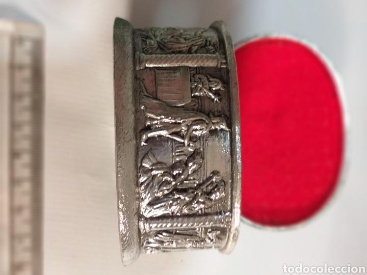 Antigüedades: Jpyerito de.plata con grabados - Foto 2 - 195919503