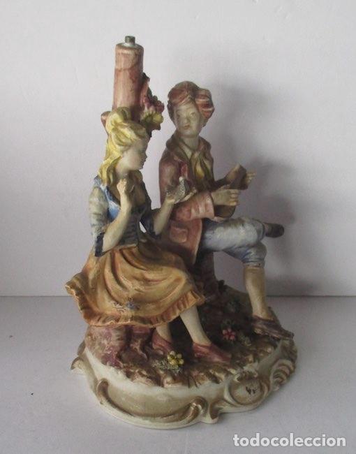 Antigüedades: LAMPARA DE PORCELANA - COMPOSICION PAREJA ROMANTICA DIECIOCHESCA - BASSANO - Foto 4 - 195926041