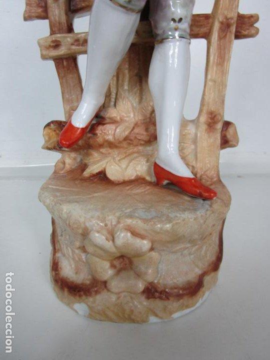 Antigüedades: Esplendida Gran Figura - Porcelana Biscuit Esmaltada - Alemania - 44 cm Altura - S. XIX - Foto 3 - 195944492
