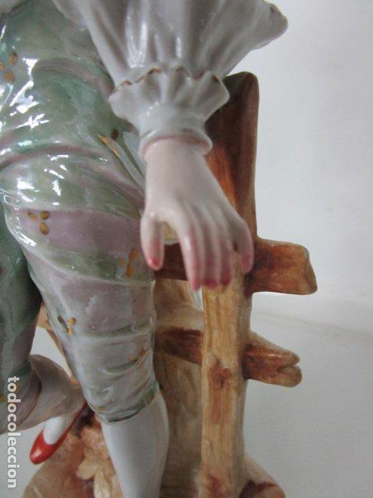 Antigüedades: Esplendida Gran Figura - Porcelana Biscuit Esmaltada - Alemania - 44 cm Altura - S. XIX - Foto 5 - 195944492