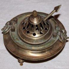 Antigüedades: PEBETERO O INCENSARIO EN BRONCE / LATÓN 4 PIEZAS Ø13CM. ALTURA 9CM.. Lote 195948063