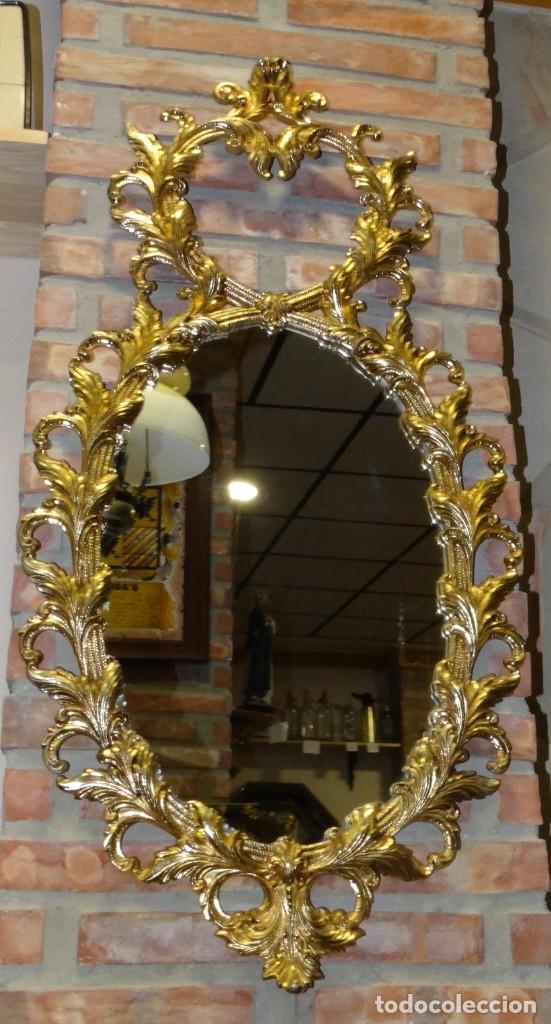 ESPEJO DE BRONCE DORADO 95 CM X 49 CM (Antigüedades - Muebles Antiguos - Espejos Antiguos)