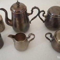 Oggetti Antichi: JUEGO DE CAFE SEIS PIEZAS EN METAL. Lote 196025383