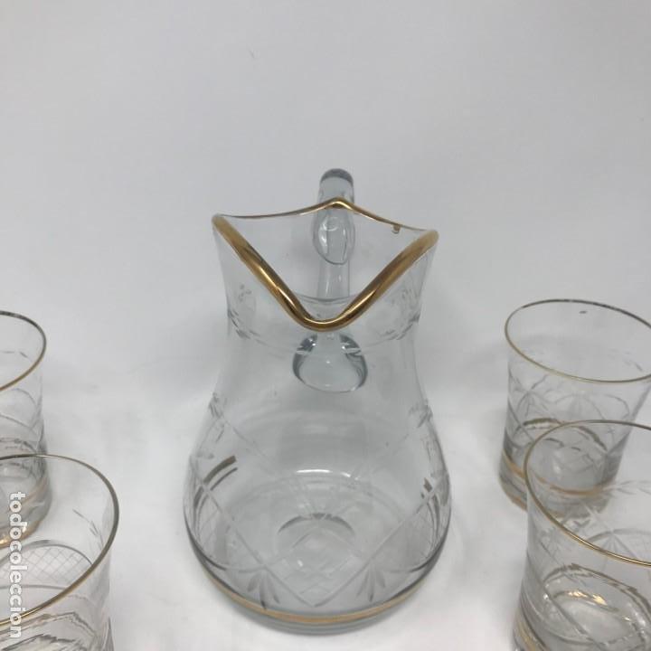 Antigüedades: Conjunto de jarra y vasos en cristal de bohemia - Foto 6 - 196109341