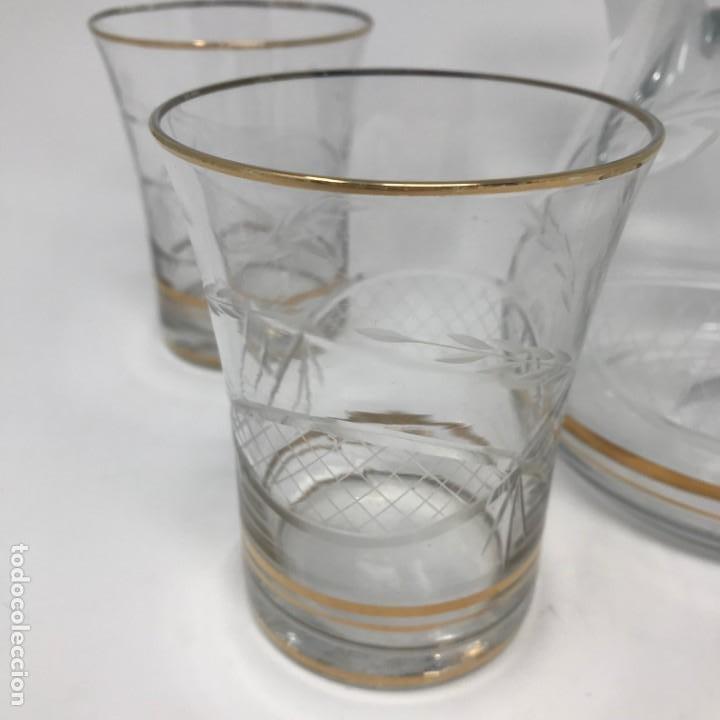 Antigüedades: Conjunto de jarra y vasos en cristal de bohemia - Foto 11 - 196109341