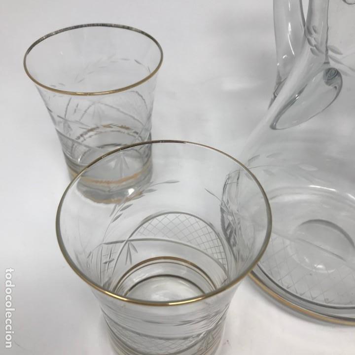 Antigüedades: Conjunto de jarra y vasos en cristal de bohemia - Foto 12 - 196109341