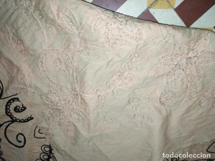 Antigüedades: raro bordado mecanico relieve cordon 126 x 135 x 140 ideal manton confecciones semana santa fallera - Foto 25 - 196110481