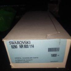 Antigüedades: CAJA DE CRISTALES SWAROVSKI DE 1 AGUJERO .1800CRISTALES. Lote 196133581