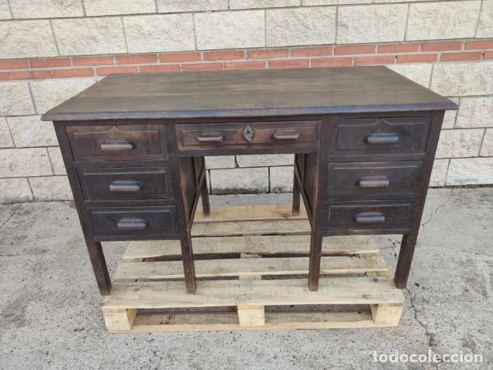 ANTIGUA MESA DE DESPACHO CON 7 CAJONES (Antigüedades - Muebles Antiguos - Mesas de Despacho Antiguos)