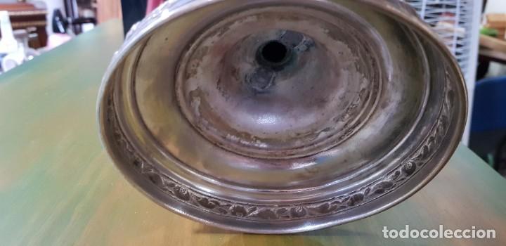 Antigüedades: PAREJA DE CANDELABROS DE CINCO VELAS CON BAÑO DE PLATA - Foto 13 - 56811081