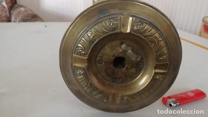 Antigüedades: CENICERO PIE DE BRONCE - Foto 2 - 196231291