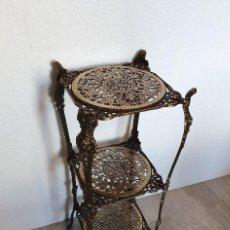 Antigüedades: ESTANTERIA PEDESTAL DE BRONCE. Lote 196252221