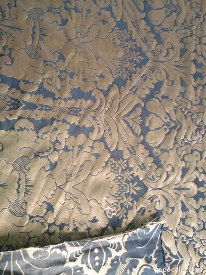 Antigüedades: R1- YA REBAJADO ! brocado NEGRO Y oro viejo balconera colgadura semana santa VIRGEN balcoN 157x95 cm - Foto 15 - 270962863
