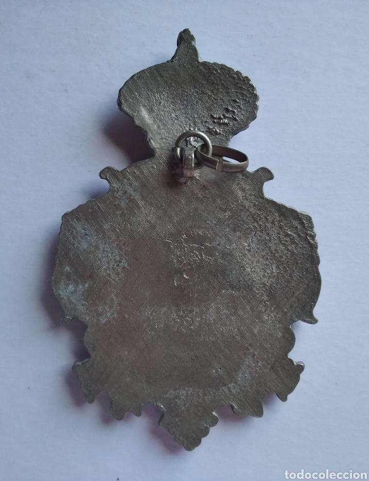Antigüedades: Medalla Medallon virgen del Rocío jerez 7 x 11 cm - Foto 2 - 196267002