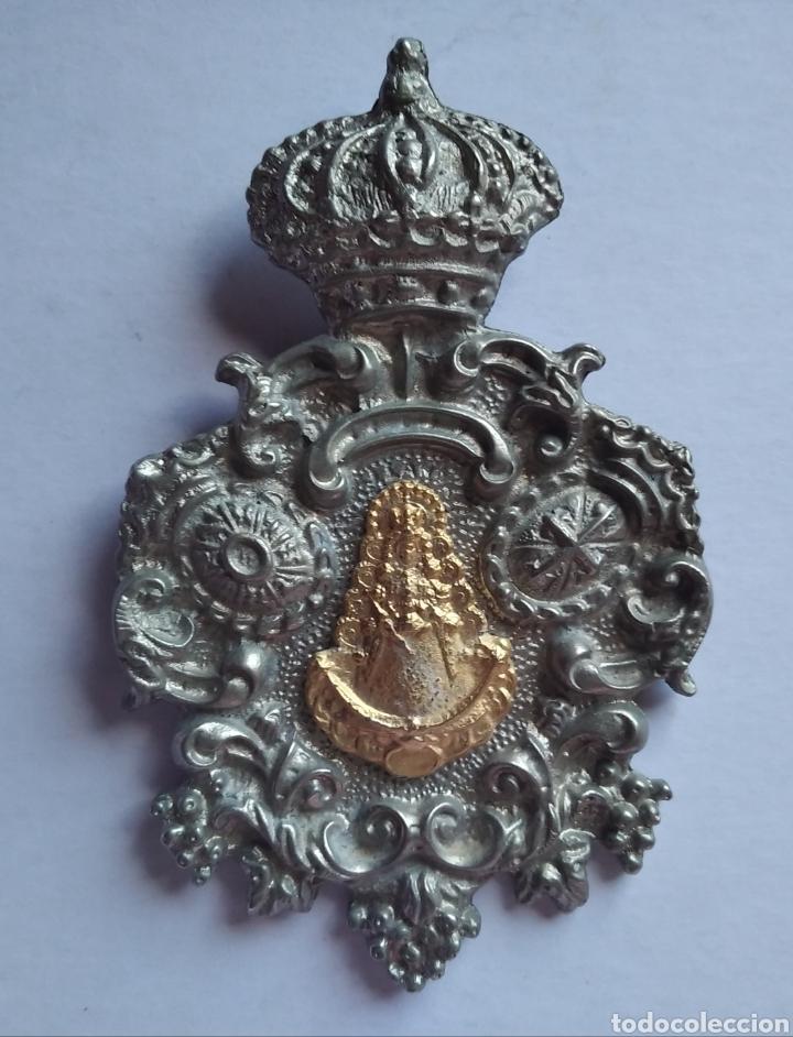 MEDALLA MEDALLON VIRGEN DEL ROCÍO JEREZ 7 X 11 CM (Antigüedades - Religiosas - Medallas Antiguas)