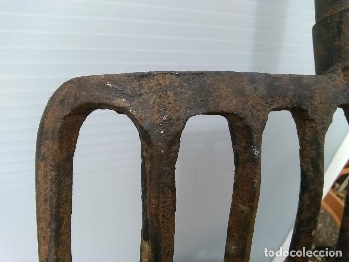 Antigüedades: Antigua horca de 9 puntas - Foto 2 - 195812248
