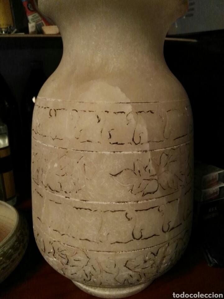 JARRÓN ANTIGUO DE MÁRMOL BLANCO (Antigüedades - Porcelanas y Cerámicas - Alcora)