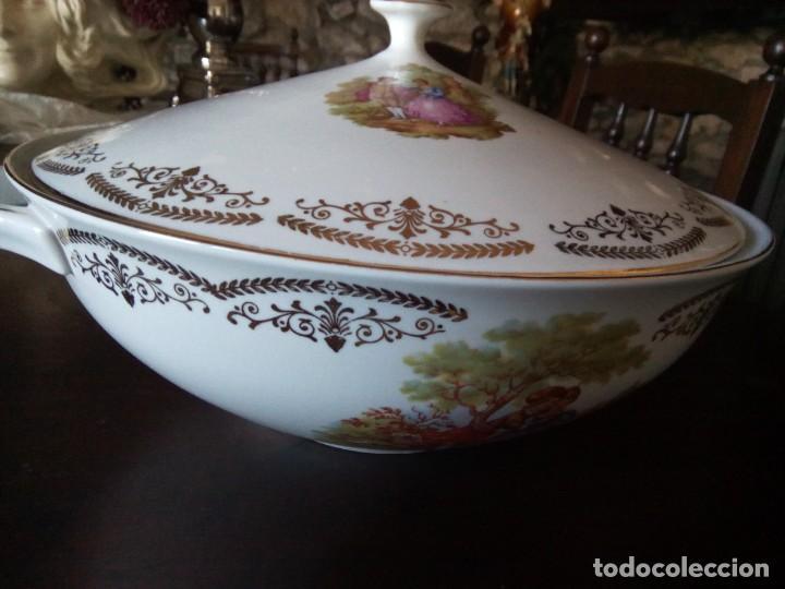 * SOPERA PORCELANA.. FRAGONARD. (RF:B/H) (Antigüedades - Porcelana y Cerámica - Francesa - Limoges)
