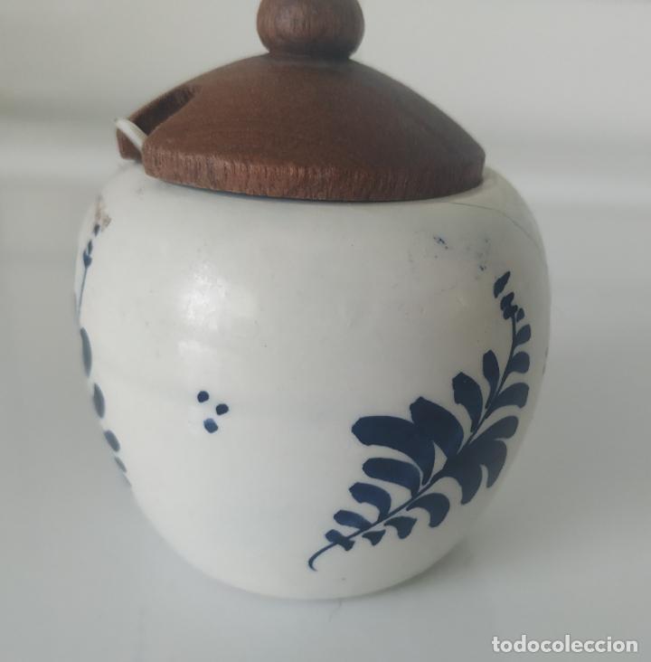 Antigüedades: Pequeños salero y azucarero de porcelana holandesa de Delf. - Foto 10 - 196377428