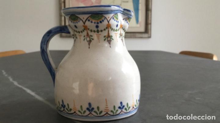 Antigüedades: ANTIGUA JARRA DE TALAVERA, RUIZ DE LUNA. CON MARCAS EN LA BASE - Foto 7 - 106663423