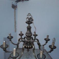Antigüedades: MAGESTUOSA LAMPARA DE TECHO DE BRONCE DE 8 BRAZOS. Lote 196455815